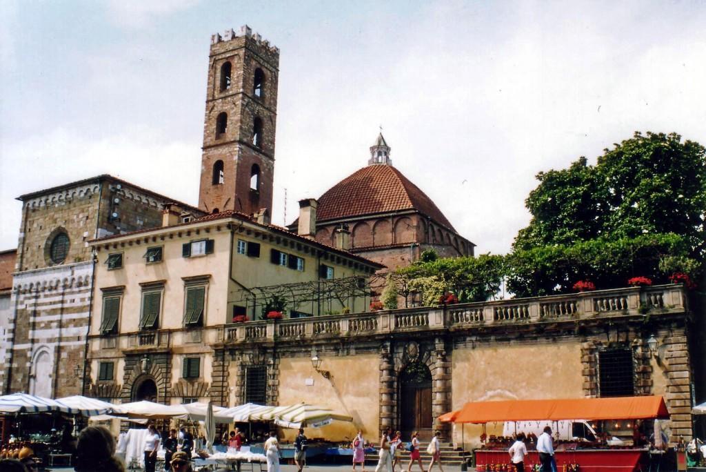 Palazzo Micheletti and Baptistry