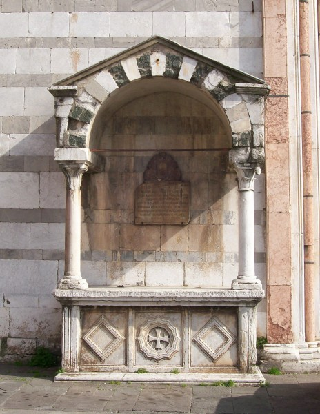 San Francesco front altar