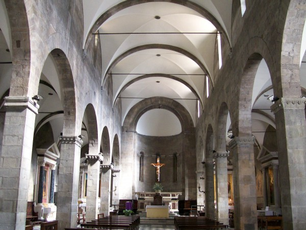 San Pietro Somaldi Interior
